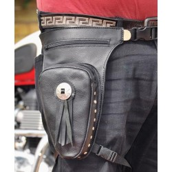 LEG BAG LEATHER CONCHO REVOLVER CLASSIC 1